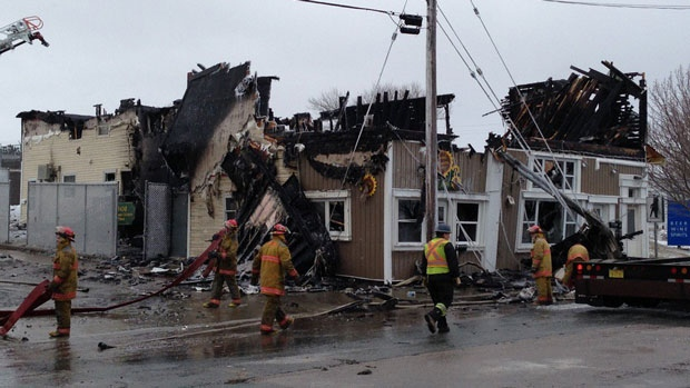 More Than A Dozen Displaced After Apartment Fire In New