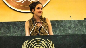 Morgan Wienberg is pictured speaking at the United Nations Youth Assembly (LittleFootprintsBigSteps.com)