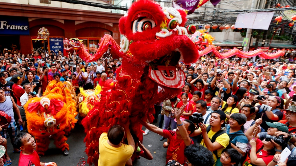 The Meaning Behind 5 Chinese New Year Traditions