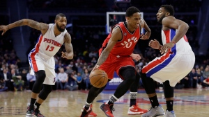 Toronto Raptors guard DeMar DeRozan (10) drives on Detroit Pistons center Andre Drummond, right, during the first half of an NBA basketball game, Monday, Feb. 8, 2016 in Auburn Hills, Mich. (AP / Carlos Osorio)