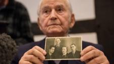 Auschwitz survivor Leon Schwarzbum