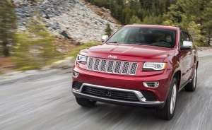 Chrysler and Jeep gearshifts being investigated for confusing drivers (Photo: FCA)