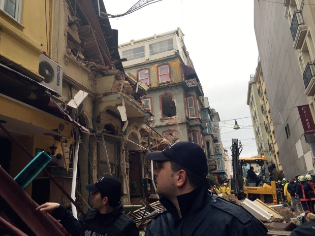 Istanbul building collapse