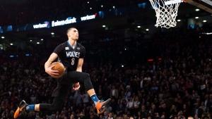 Orlando Magic forward Aaron Gordon slam dunks during the NBA all-starskills competition in Toronto on Saturday, February 13, 2016. (Mark Blinch / THE CANADIAN PRESS)