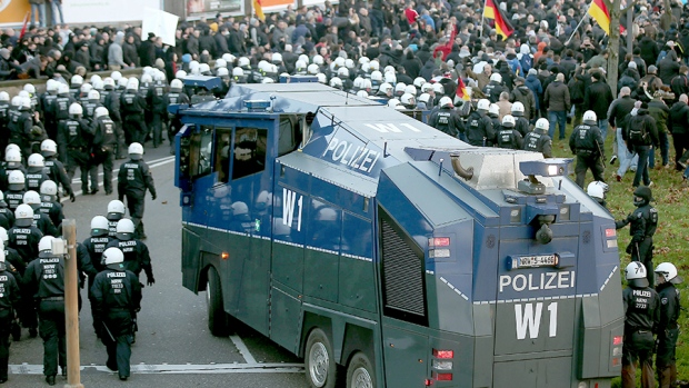 Right-wing demonstrations Germany assaults