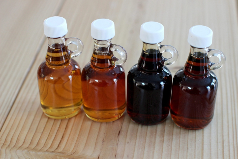 This March 9, 2015 photo shows a maple syrup sampler in Concord, NH. (AP/Matthew Mead)