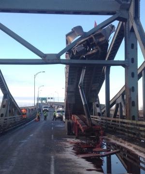 A truck collided with the Mercier Bridge on Thursd