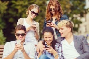 Over 1.4 billion smartphones were sold worldwide in 2015. (Syda Productions / shutterstock.com)