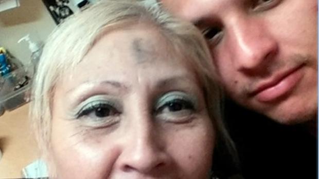 Selfie released in stolen Kindle investigation
