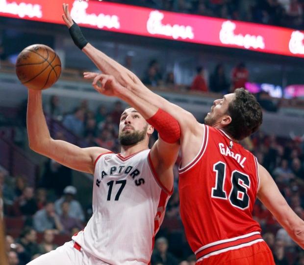 McDermott Scores 30, Bulls Halt Losing Slide, Beat Raptors