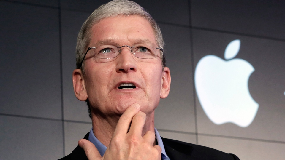 Apple CEO Tim Cook responds to a question during a news conference in New York, April 30, 2015. (AP / Richard Drew)