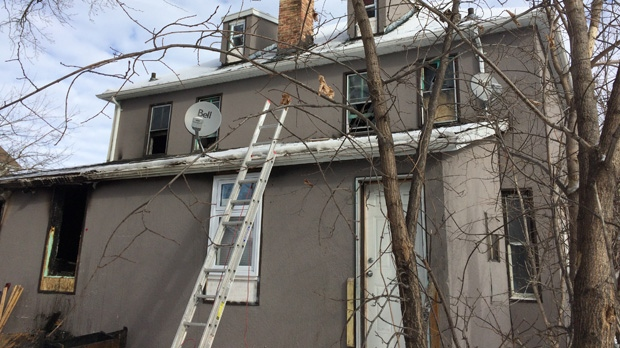 The Winnipeg police arson unit is investigating after a fatal fire at a rooming house.