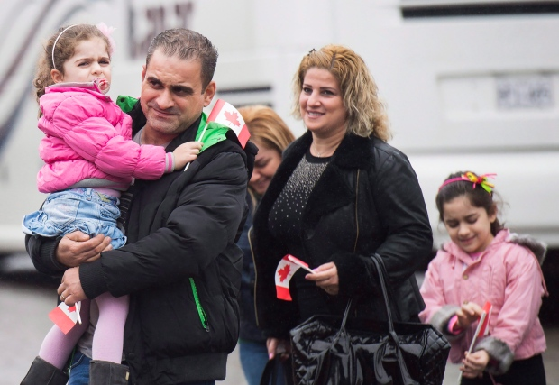 Syrian refugees arrive in Toronto