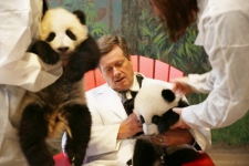 Toronto Mayor John Tory meets pandas