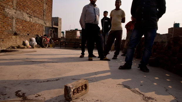 Police say 15-year-old raped outside New Delhi