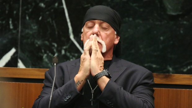 Hulk Hogan Trial Shocker: 'I Do Not Have a 10-Inch Penis'