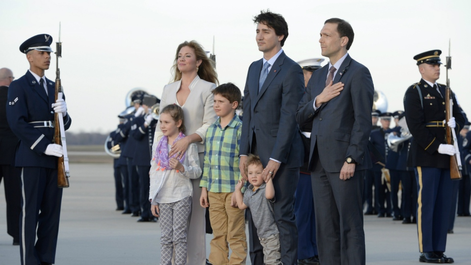 Prime Minister Justin Trudeau arrives for a state visit in Washington, D.C., with his wife Sophie Gregoire-Trudeau and their children Xavier James, Ella-Grace and Hadrian and Peter A. Selfridge, right, United States Chief of Protocol on Wednesday, March 9, 2016. (Paul Chiasson / THE CANADIAN PRESS)