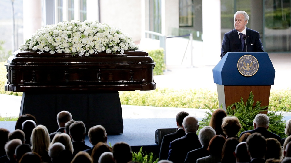 Former Prime Minister Brian Mulroney speaks during the funeral service for Nancy Reagan at the Ronald Reagan Presidential Library, in Simi Valley, Calif., Friday, March 11, 2016. (AP / Jae C. Hong)