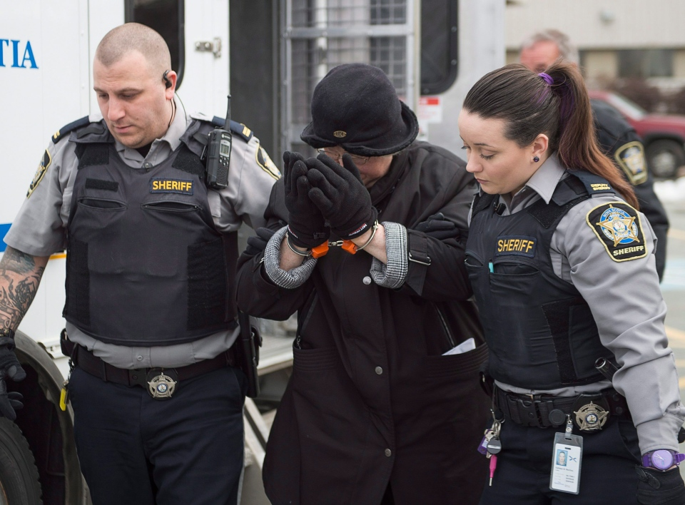 Melissa Ann Shepard, known as the Internet Black Widow, arrives at court in Dartmouth, N.S. on Tuesday, March 15, 2016. (Andrew Vaughan/THE CANADIAN PRESS)