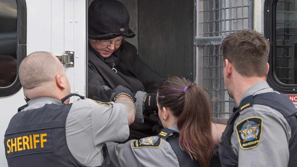 Melissa Ann Shepard, known as the Internet Black Widow, arrives at court in Dartmouth, N.S. on Tuesday, March 15, 2016. (Andrew Vaughan / THE CANADIAN PRESS)