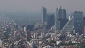 Haze hangs over Mexico City at midday, Tuesday, March 15, 2016. (AP Photo/Rebecca Blackwell)