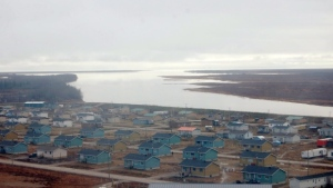 A humanitarian crisis is quickly overwhelming the remote community of Kashechewan, a First Nation on the coast of James Bay. (File)