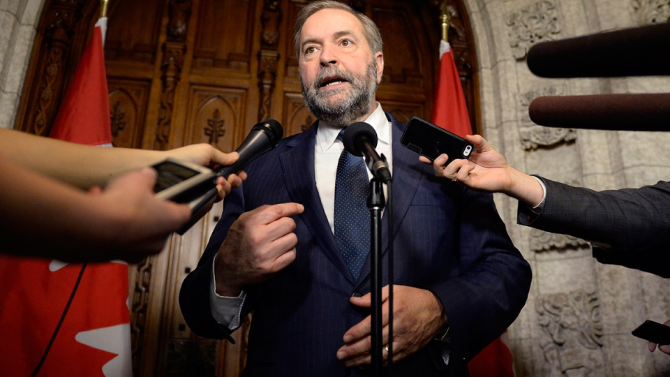 NDP leader Tom Mulcair speaks to reporters about the federal budget on Parliament Hill, in Ottawa, Tuesday, March 22, 2016. (Justin Tang / THE CANADIAN PRESS)