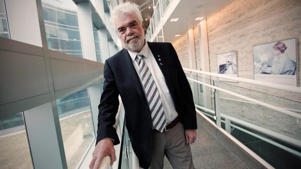 Dr. Frank Plummer in Winnipeg