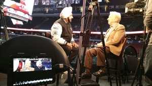 Nav Bhatia sits down with W5 co-host and chief correspondent Lloyd Robertson (W5)