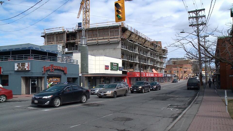Condos going up along Beechwood Avenue.