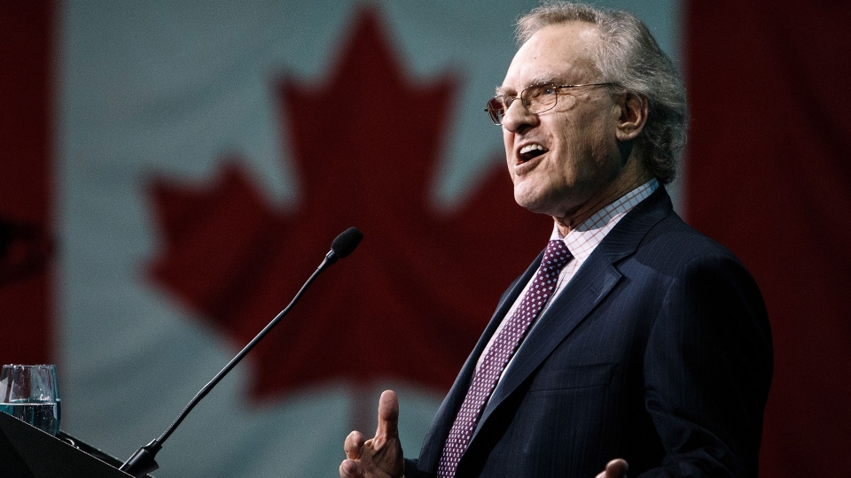 Former Ontario NDP leader Stephen Lewis speaks during the 2016 NDP Federal Convention in Edmonton Alta, on Saturday, April 9, 2016 (Codie McLachlan / THE CANADIAN PRESS).