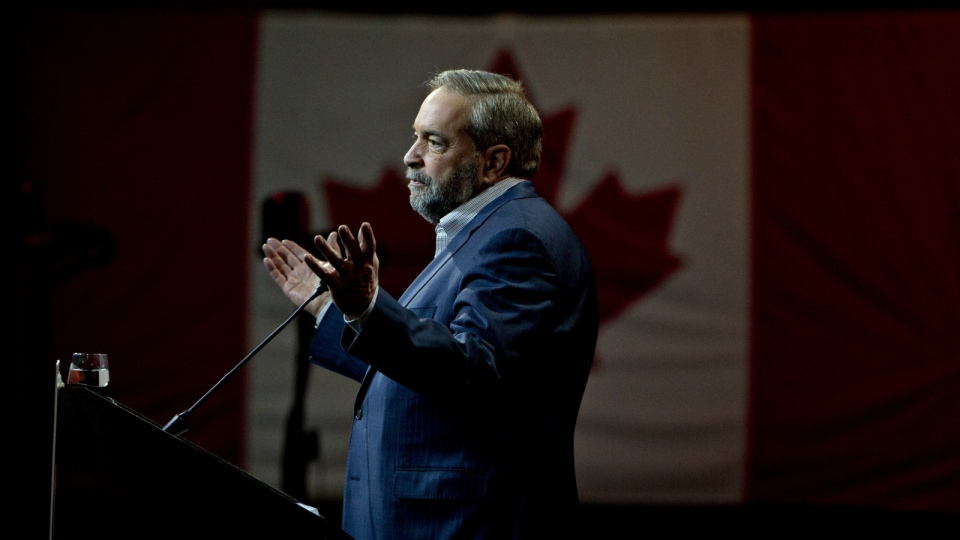 Federal NDP leader Thomas Mulcair makes a speech during the 2016 NDP Federal Convention in Edmonton Alta, on Sunday April 10, 2016. (Jason Franson / THE CANADIAN PRESS)