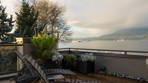 Want to live in the same neighbourhood as millionaires like Lululemon Athletica founder Chip Wilson? Looking for ocean, city, and mountain views? Have $5.4-million to spend? 2562 Point Grey Road, a 2,669 square-foot, three-bedroom, three-bathroom duplex in Vancouver's gorgeous Kitsilano neighbourhood may be perfect for you. (Photos: Sotheby's International Realty Canada)