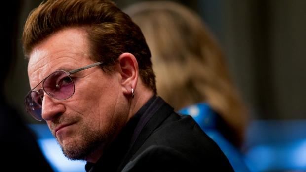 Bono testifies on refugee crisis