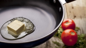 In 1961, the American Hearth Association recommended vegetable oils replace saturated fats. (zeljkosantrac/Istock.com)