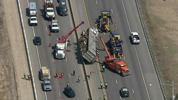 CTV Toronto: Spectacular crash captured on tape | CTV News