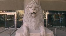 Centre Street lion statues