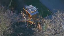 Treehouse boat