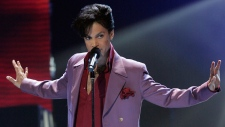 Prince performs during 'American Idol'