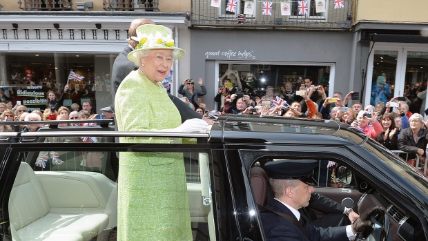Buckingham Palace Releases Rare Images Of Queen Elizabeth