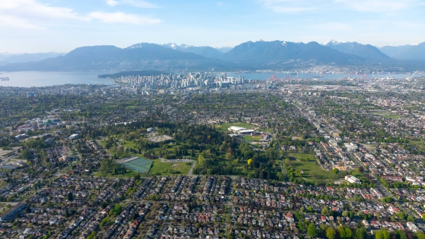 South Vancouver is seen from Chopper 9. (Gary Barndt / CTV Vancouver)