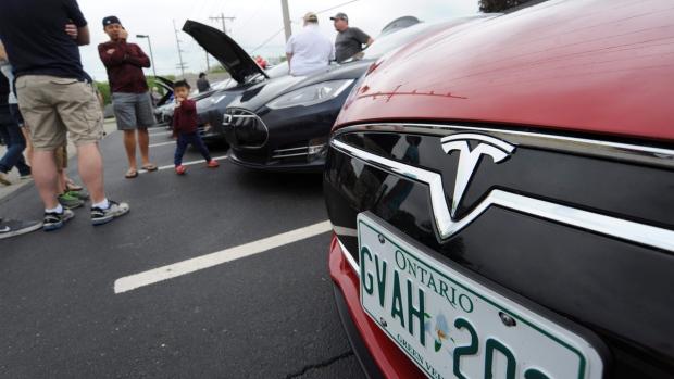 Tesla with Ontario plates