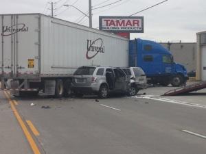 A transport truck collided with seven vehicles on Walker Road at Division in Windsor, Ont., on Friday, April 29, 2016. (Melissa Nakhavoly / CTV Windsor)