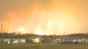 Wildfire closes in on Fort McMurray