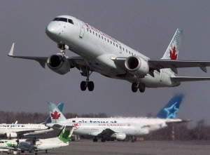 An Air Canada jet takes off from Halifax Stanfield International Airport in Enfield, N.S. on Thursday, March 8, 2012. (Andrew Vaughan / THE CANADIAN PRESS)