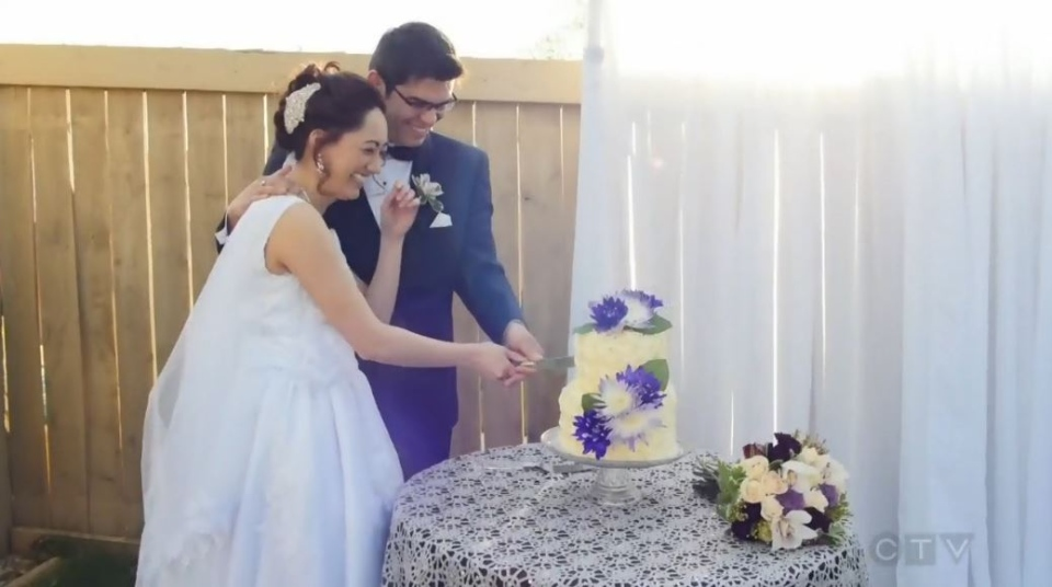 Carlos and Carol Moran are shown at their impromptu wedding, planned in just five hours after the couple fled the Alberta wildfires.