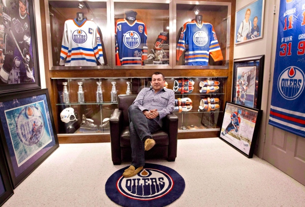Chaulk with collection of Gretzky memorabilia