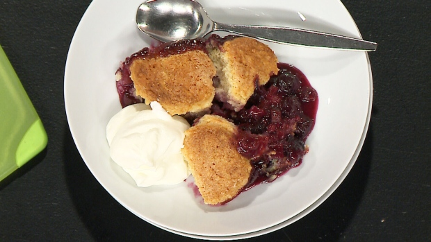 Canada AM: Whipping up fresh desserts with rhubarb