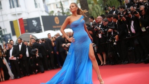 Actress Blake Lively pose for photographers upon arrival at the screening of the film The BFG at the 69th international film festival, Cannes, southern France, Saturday, May 14, 2016. (AP / Thibault Camus)