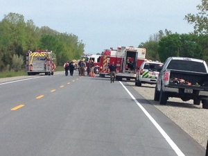 Multi-vehicle crash closes Highway 3 and Upcott Side Road in Kingsville, Ont., on Friday, May 20, 2016. (Melissa Nakhavoly / CTV Windsor)